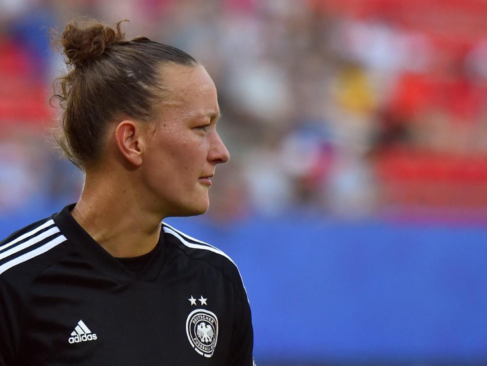 Almuth Schult kritisiert Reisepraxis des DFB (© AFP/SID/LOIC VENANCE)