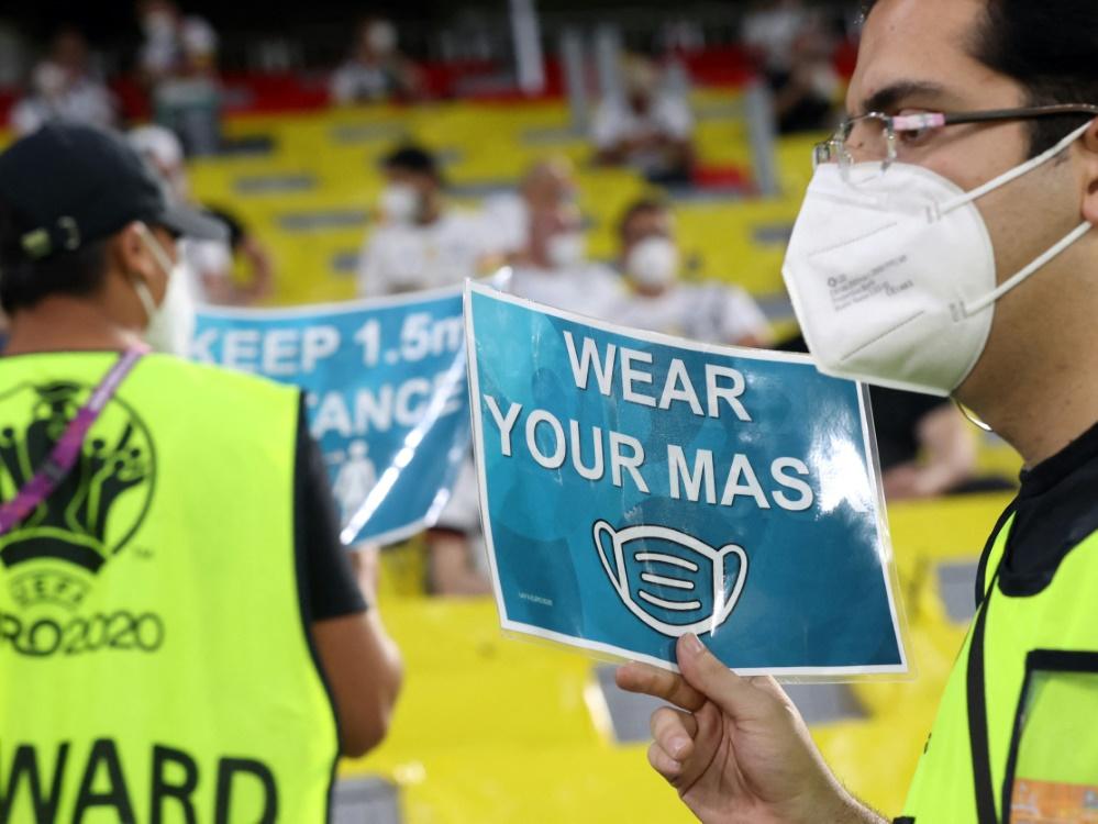 EM: Sicherheitskonzept der UEFA steht in der Kritik (© AFP/POOL/SID/ALEXANDER HASSENSTEIN)