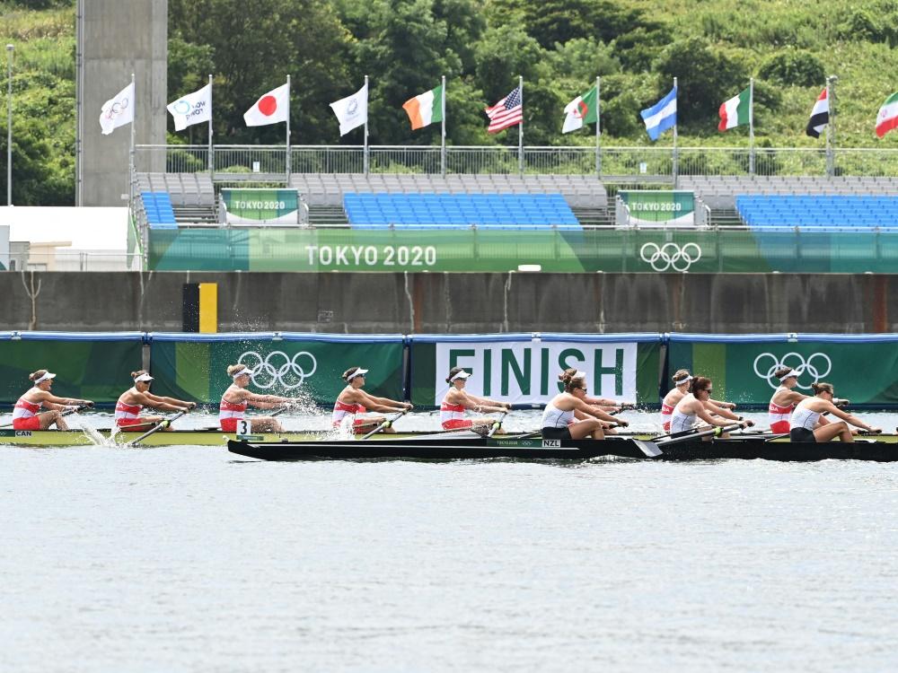 Auch für Olympia fliegen die Athletinnen um die Welt (© AFP/SID/CHARLY TRIBALLEAU)