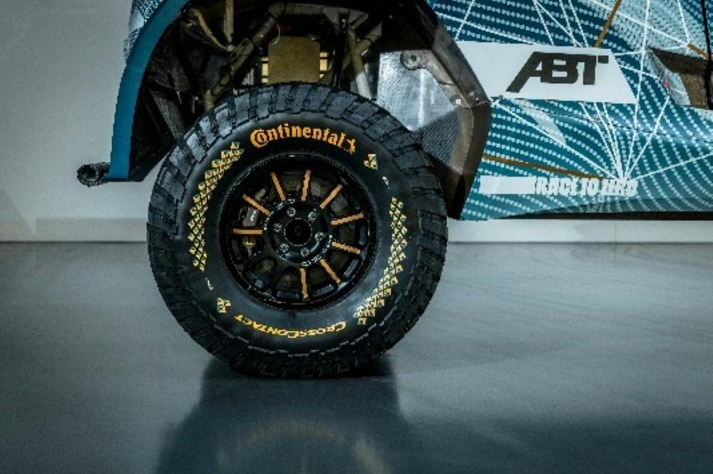 Die neuen Reifen für die Elektro-Rennserie Extrem E (© Continental/Continental/Continental/)